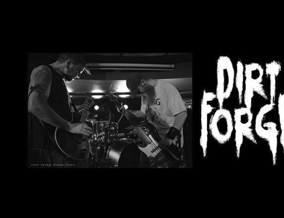 Dirt forge cover web